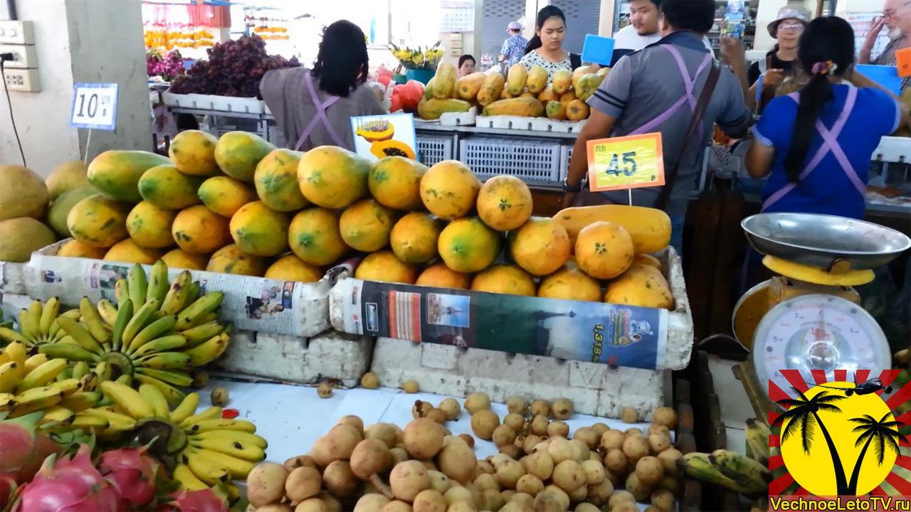 Экзотические фрукты в Тайланде