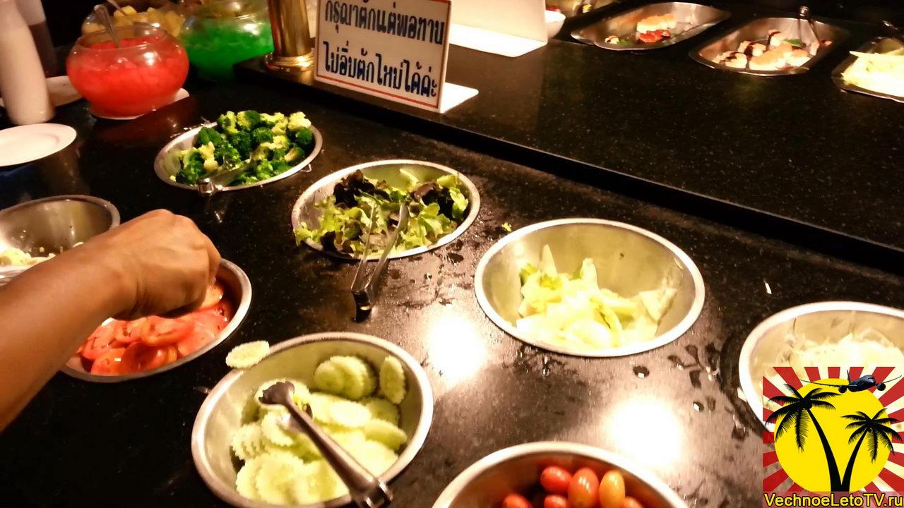 Салат-в-ресторане