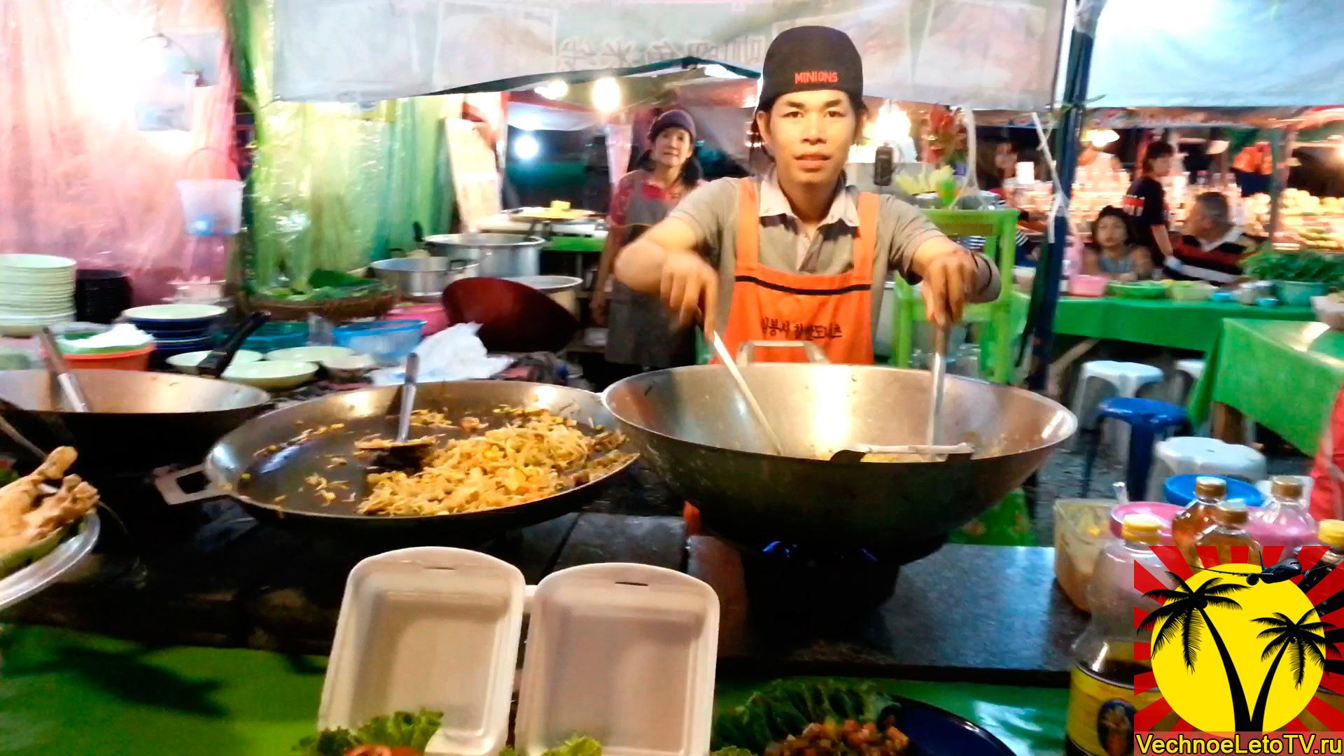 Готовят-рис-в-Тайланде
