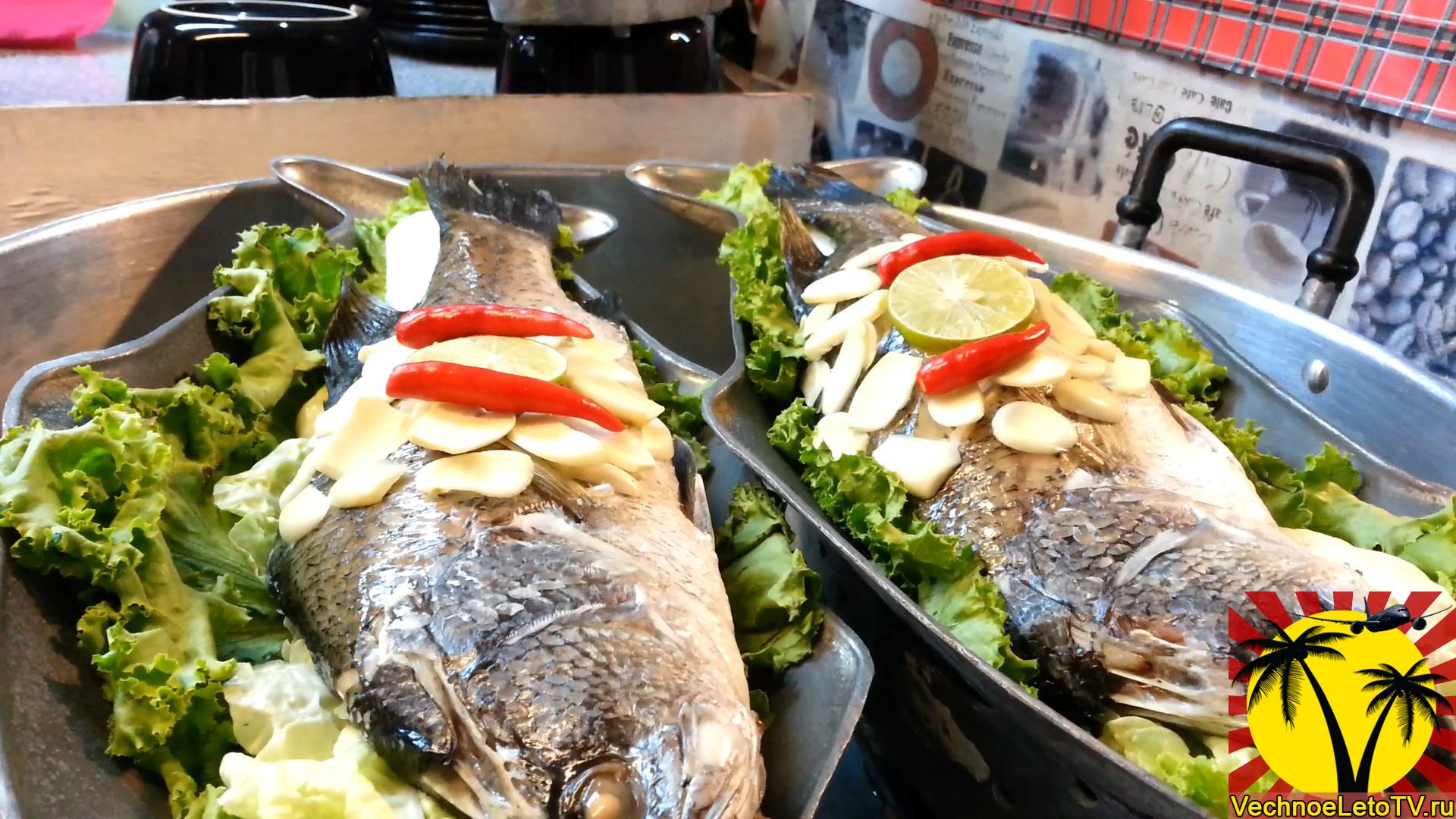 Рыба-с-лаймом-и-перцем-в-Таиланде