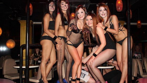 pattaya-tailand-walking-street-sexy-gerls (4)