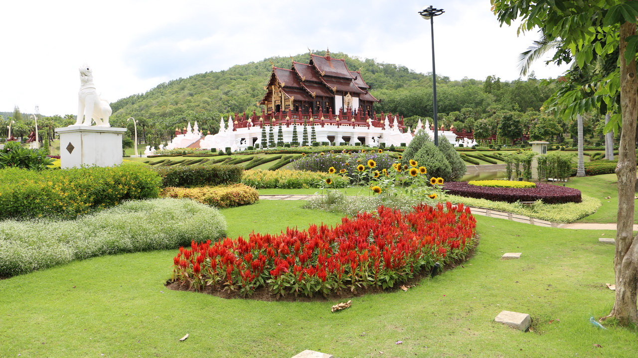 Royal-Flora-Park-Rajapruek-Chiangai1
